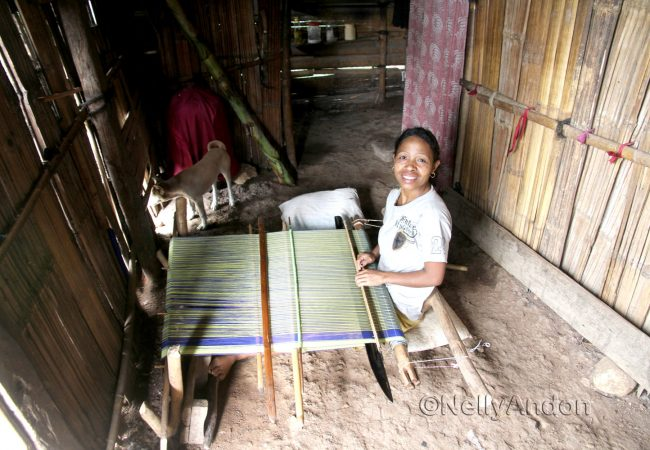 Meeting a weaver in Beakondo, Her disability is not her inability.